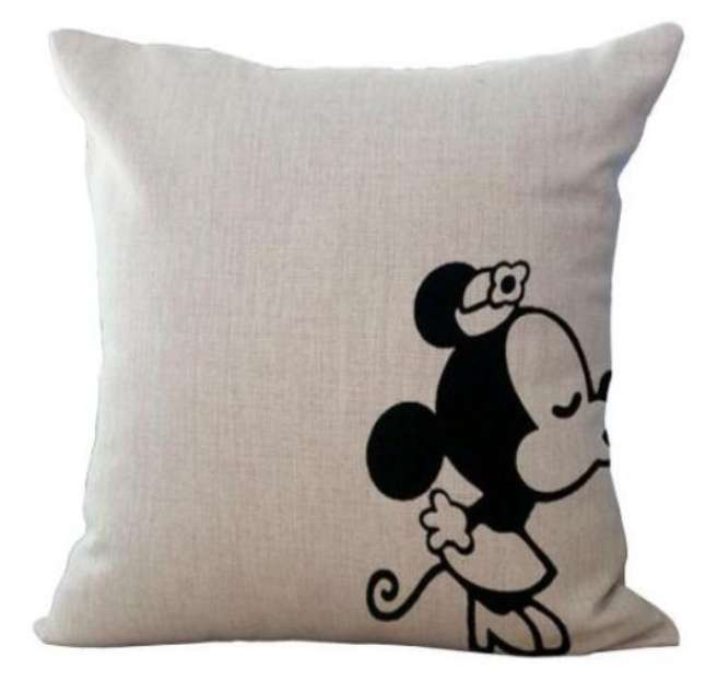 Minnie Mouse Kissing Cushion Cotton Linen Throw Pillow